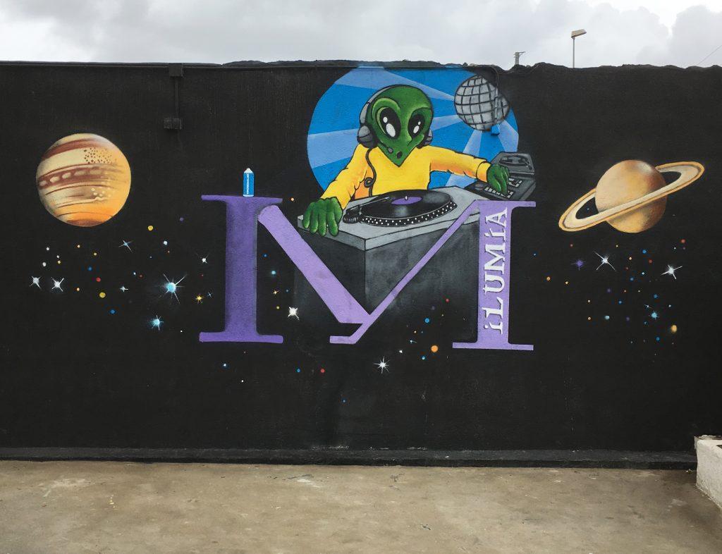 graffiti profesional by piker discoteca ilumia