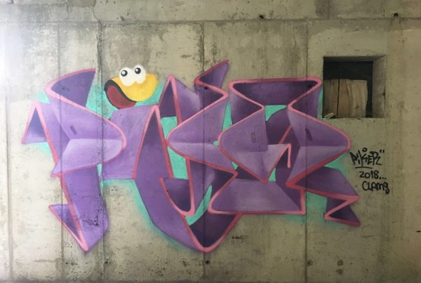 pikerone clams graffiti clásico