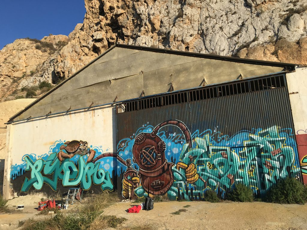 mural piker nohek aguilas tematica mar
